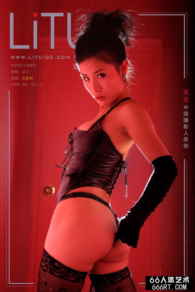 超模尼卡10年11月9日棚拍情趣泳装,人体艺术摄影m.ldnews.cn