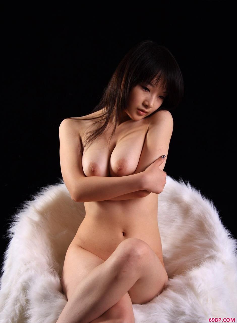美模心心暗室内的勾魂美体_Chinesemature中国熟妇