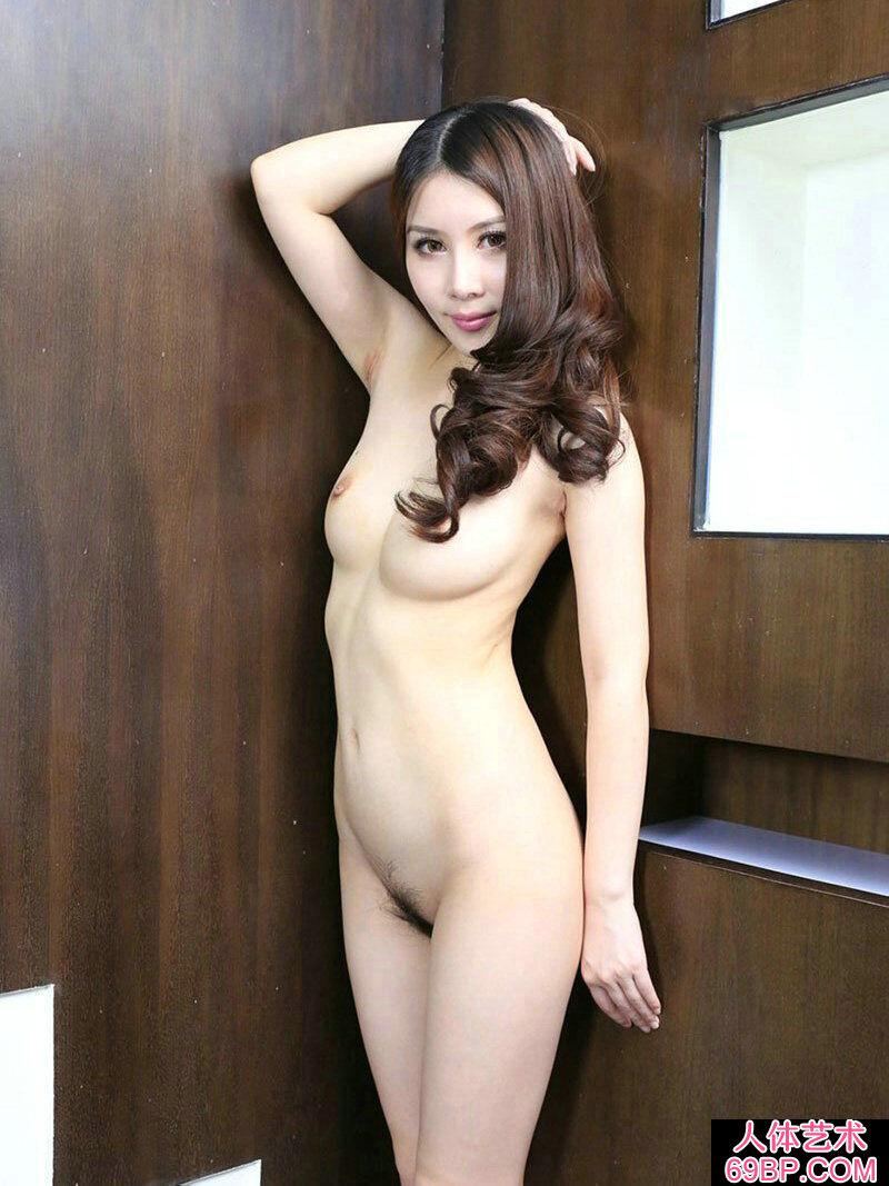 ��模靓妹慕容紫杉酒店人体��g写真_西西人体撒尿高清图片