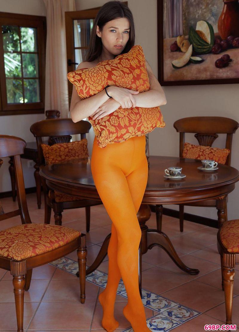 橘色薄丝视觉超模Serena