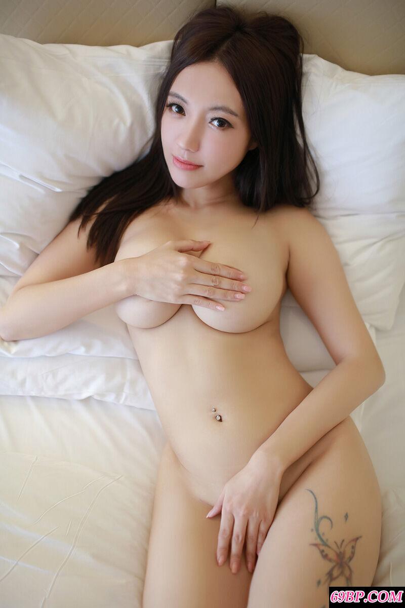 超级巨胸纹身妹妹果儿全裸全倮秀